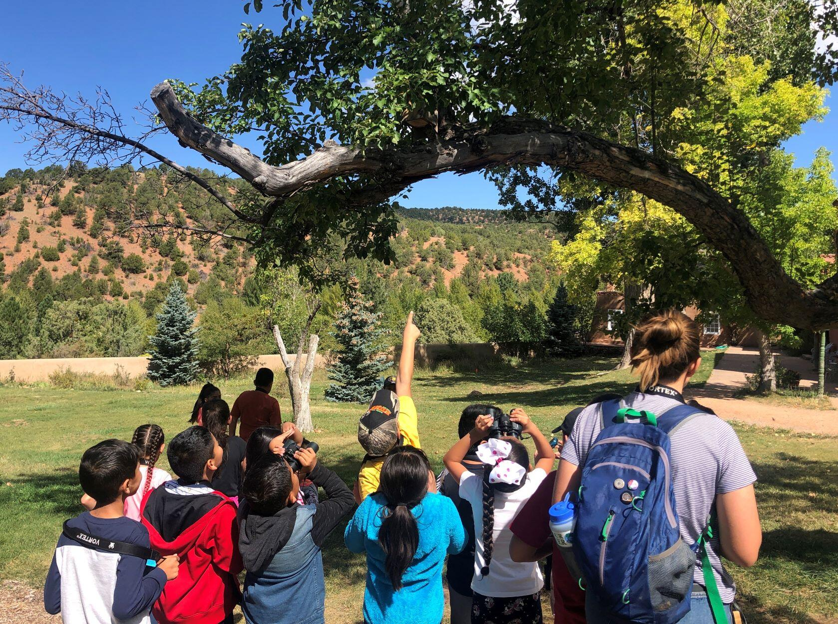students at the Randall Davey Audubon Center & Sanctuary